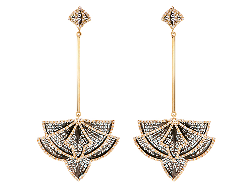 Eleuterio Couture earrings mounted on yellow gold with black ruthenium filigree and 344 diamonds