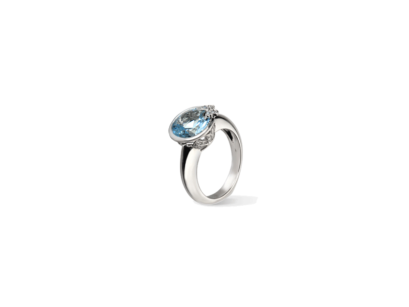 Carrera y Carrera  Maxi Twist Ring mounted on white gold with blue topaz and diamonds