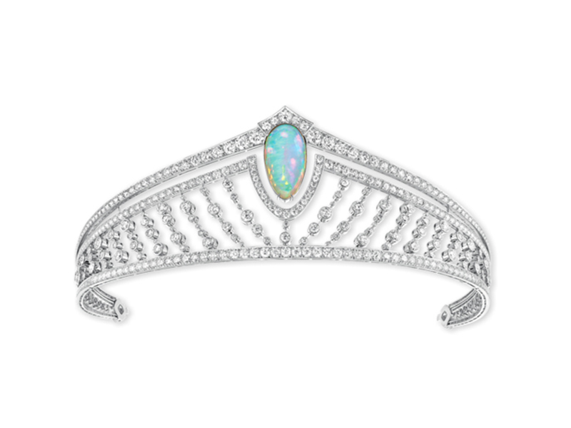 Chaumet Diademe 12 Vendome with opal