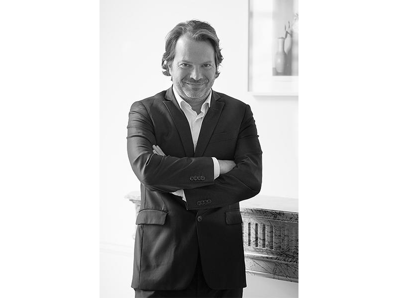 Portrait Benjamin Comar CEO de Repossi