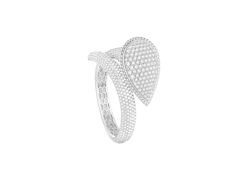 Boucheron Serpent Boheme bracelet set with pave diamonds in white gold