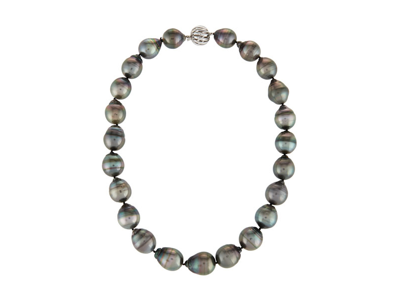 Assael Tahitian pearl necklace with color cultured pearls with a pave diamond clasp - 13'200 $