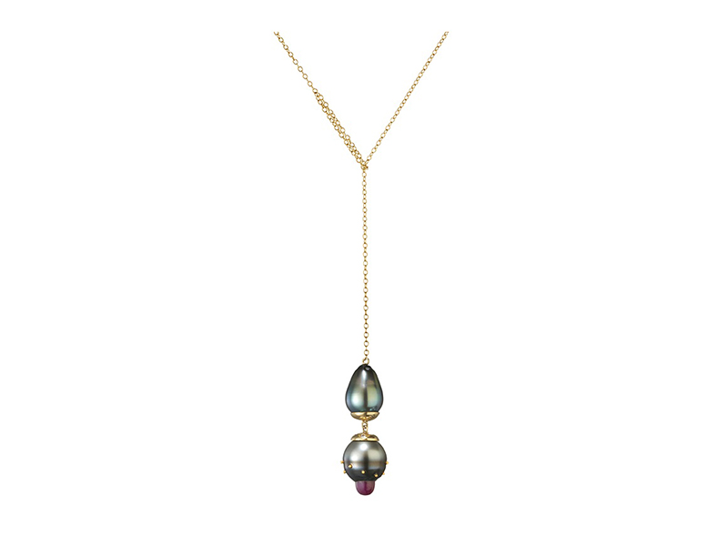 Belmacz Verneuil Tahitian Grey Baroque Pearls Necklace mounted on yellow gold with ruby and pearls