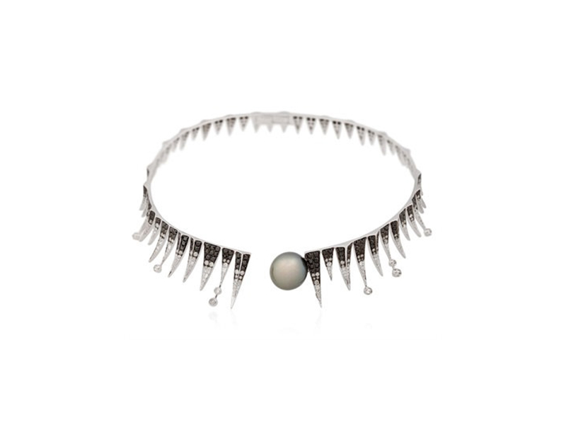 Colette Jewelry Galaxia shooting star necklace mounted onblack rhodium plated gold with diamonds and a Tahitian pearl- 22'350 £