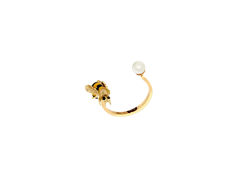 Delfina Delettrez To bee or not to be piercing ring mounted on 9kt yellow gold with enamel and pearl - 420 €
