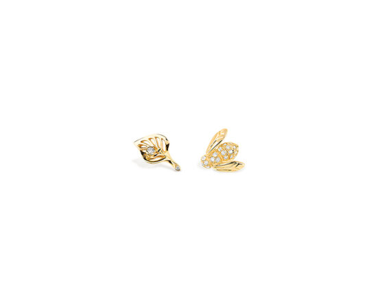 Rose Dior Pre Catelan earrings mounted on yellow gold with white diamonds