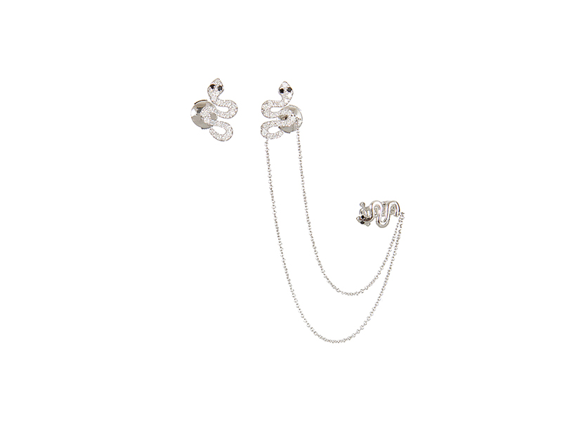 Elise Dray Rock & chain asymmetric serpent earrings mounted on white gold  with grey diamonds and black diamonds