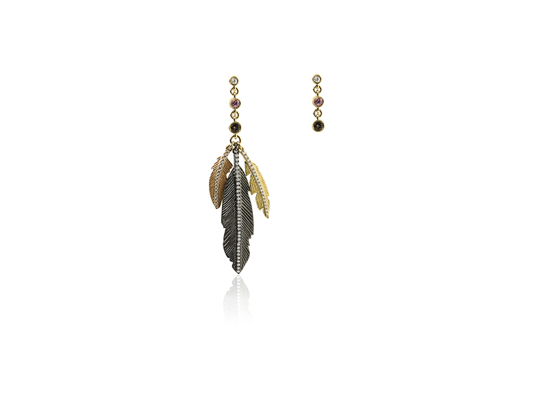 Elise Dray India earrings mounted on yellow and black gold with white diamonds and quartz