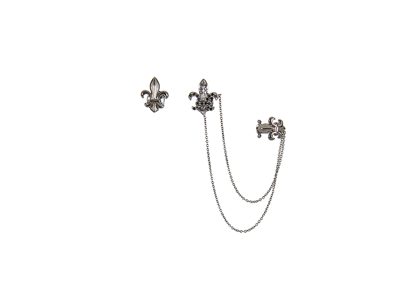 Elise Dray Rock and chain fleur de lys asymmetric earrings mounted on black gold with black diamonds - 2315 €