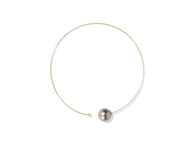 Mizuki Pearl And Diamond necklace mounted on yellow gold with pearl and diamond