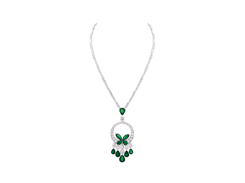 Graff Classic Butterfly Necklace, Emerald and diamond