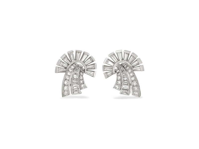 Fred Leighton Diamonds Studs Mounted on platinum with diamonds