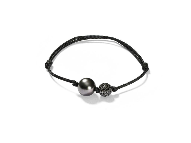 Shamballa bracelet set with a tahitian pearl and diamonds