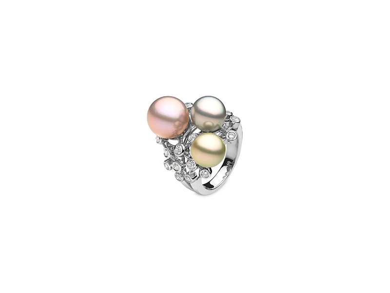 Yoko London Kaleidoscope ring white gold with diamonds tahitian & freshwater pearls