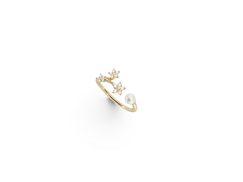 Ole Lynggaard Shooting star ring mounted on yellow gold with freshwater pearl and diamonds 1880 €