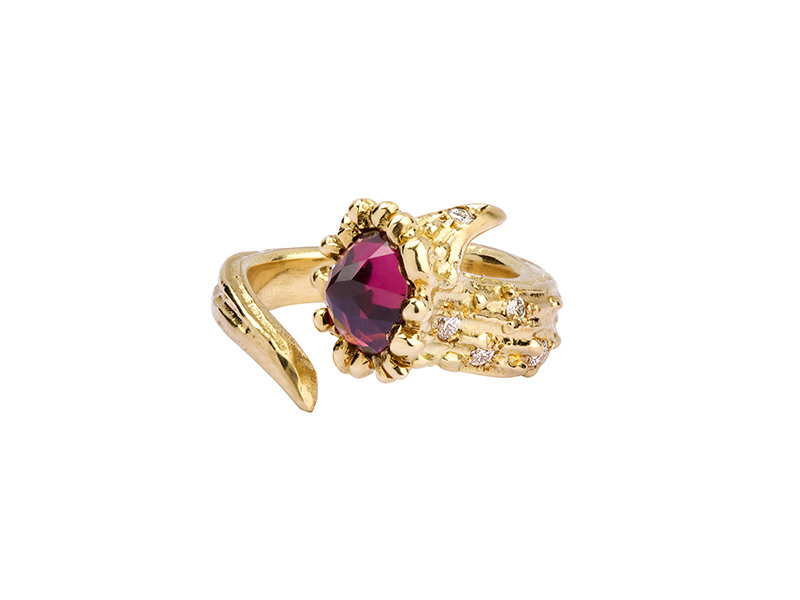 Aaron Jah Stone Dear Deer ring mounted on yellow gold with diamonds and pink tourmaline