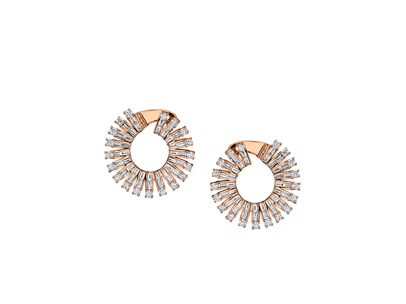 Anita Ko Ava earrings mounted on gold with diamond baguettes 18'325 $