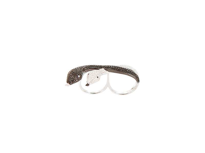 AS29 White gold white diamonds black diamonds ring snake 10090 €