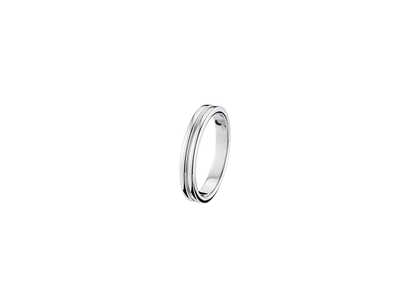 Boucheron Godron Platinum Wedding Band 1530 €
