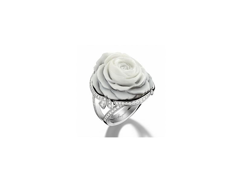 Breguet La Rose de la Reine ring