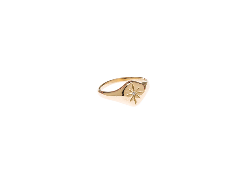 Eli-o The Nyx ring mounted on yellow gold with one diamond 935 CHF