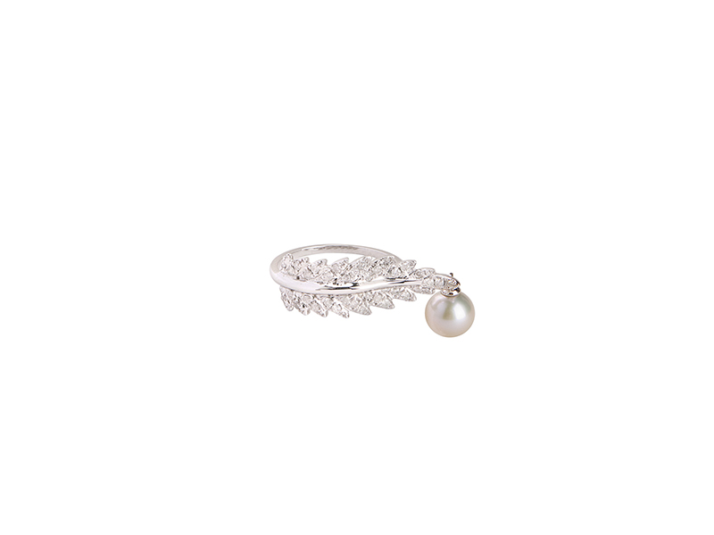 Elise Dray Ring plumette white gold grey diamonds pearl feather 1315 €