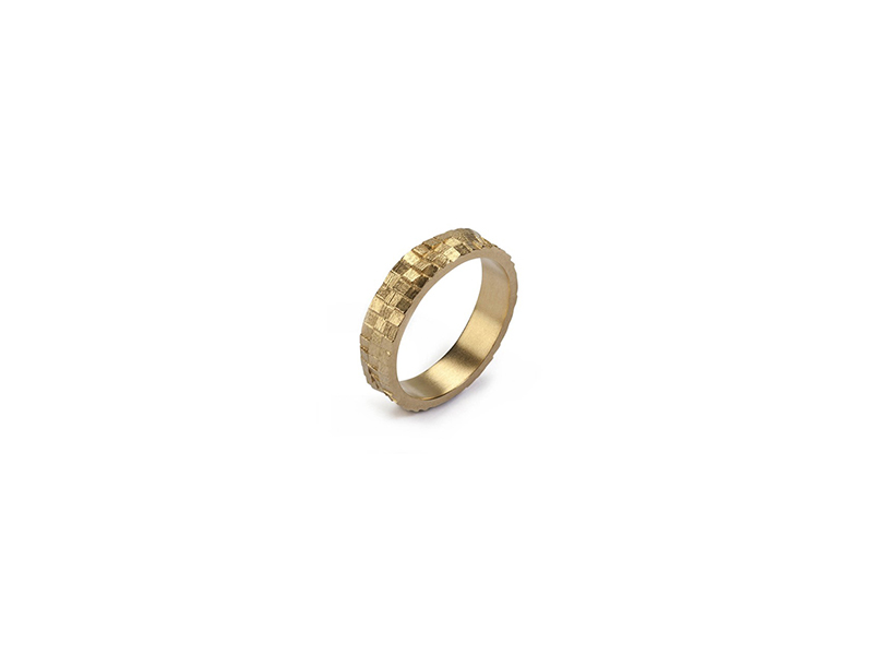 Jo Hayes Ward Triple square stratus band mounted on yellow gold