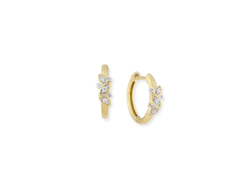 Jude Frances Sonoma single leaf hoop earrings mounted on yellow gold with diamonds ~ 762 CHF