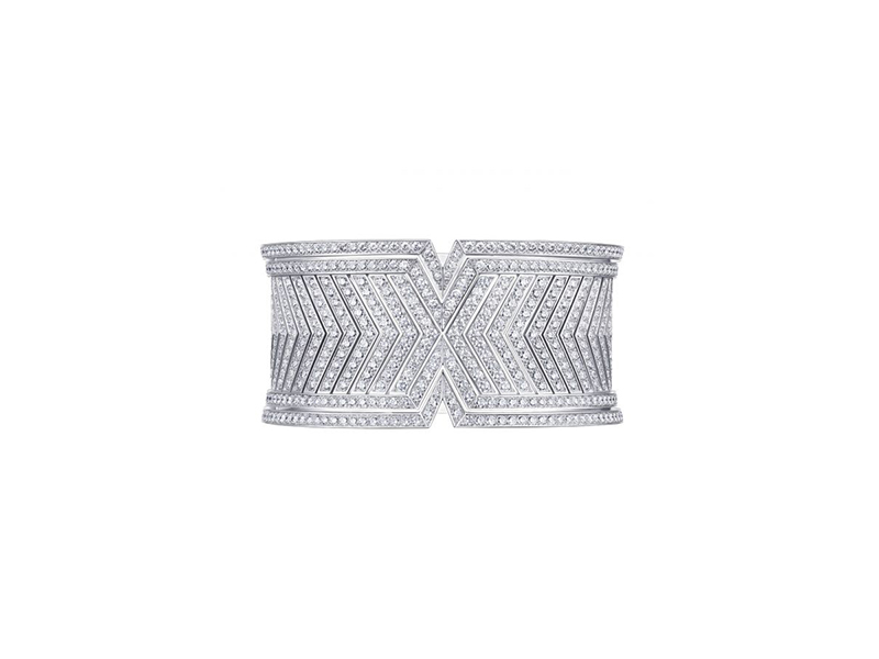 Louis Vuitton Apotheossis cuff  mounted on grey gold with diamonds