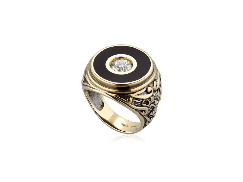 Manuel Bozzi Il carato diamond chiseled ring mounted on ruthenium plated in yellow gold with diamonds and enamel 22'080 £