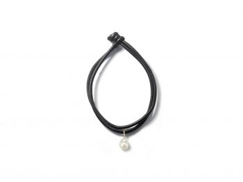 Check the best selection of modern chokers !