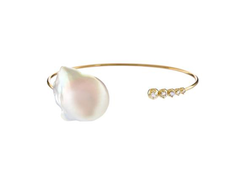 Mizuki White freshwater pearl and diamonds cuff bracelet 2785 $