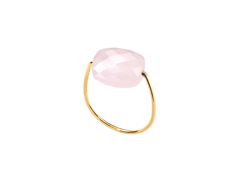 Morganne Bello Friandise, Ring mounted on yellow gold with rose quartz 240 €