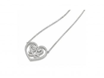 Best heart necklaces selection !