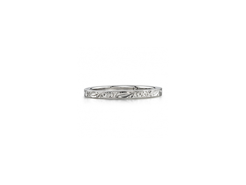 Single Stone 2 mm hand engraved platinum band 1600€
