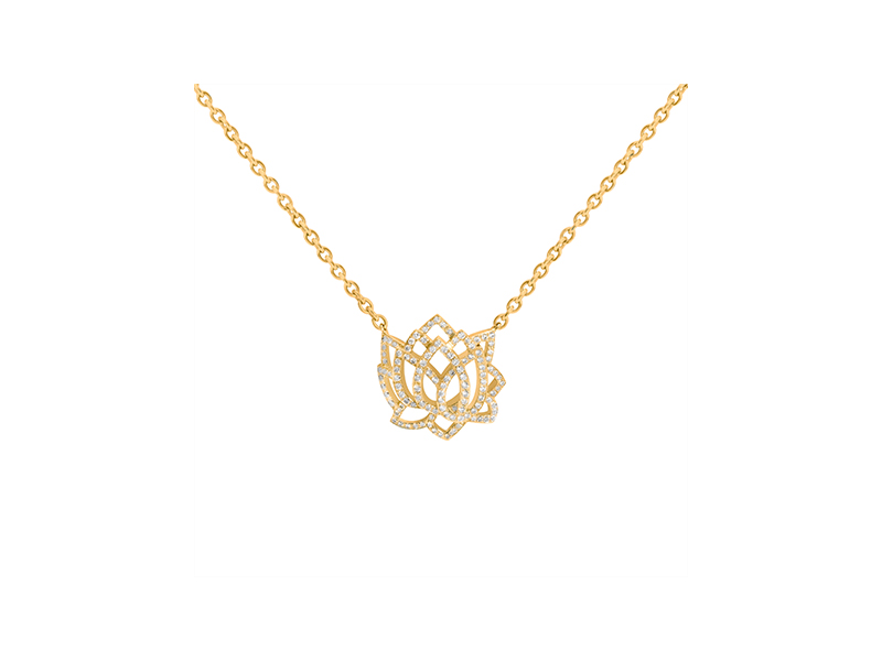 Sophie M Eveil collection in yellow gold