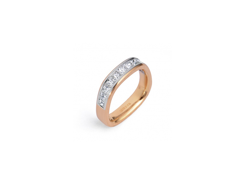 Stuart Moore The stuart moore collection aronade wedding ring mounted on rose gold and a platinum sleeve with cut diamonds 9525 $