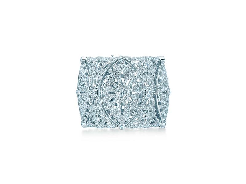 Tiffany & Co Dentelle diamonds bracelet mounted on platinum