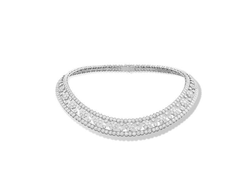 Van Cleef & Arpels Snowflake choker mounted on platinium with round diamonds