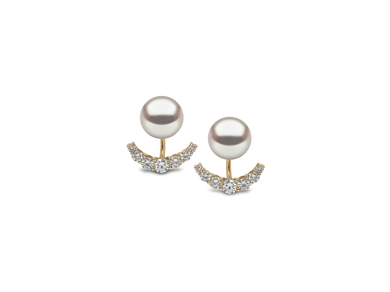 Yoko London Ear jackets mounted on yellow gold with pearl & diamonds 6'200 $