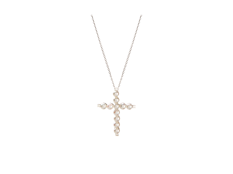 Yvonne Leon Cross necklace mounted on white gold with pearls and white diamonds 3950  €