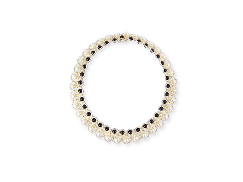 Buccellati Collar necklace mounted on gold with onyx and pearls 29'000 $