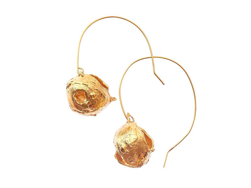 Alighieri From The Dance of the Storm collection Starless Sky Hoop earrings mounted on 24 carat gold-plated bronze