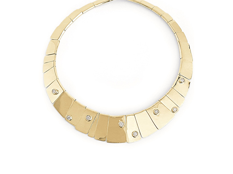 Ana Khouri Diamond Ophelia necklace mounted on 18k fairmined gold with white diamonds