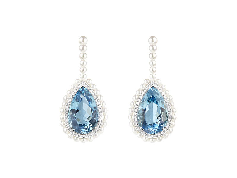 Boucheron Femmes Boréales - Baïkal earrings set with one 12.08 ct Santa Maria pear aquamarine and one 11.74 ct Santa Maria pear aquamarine and cultured pearls, paved with diamonds, on white gold