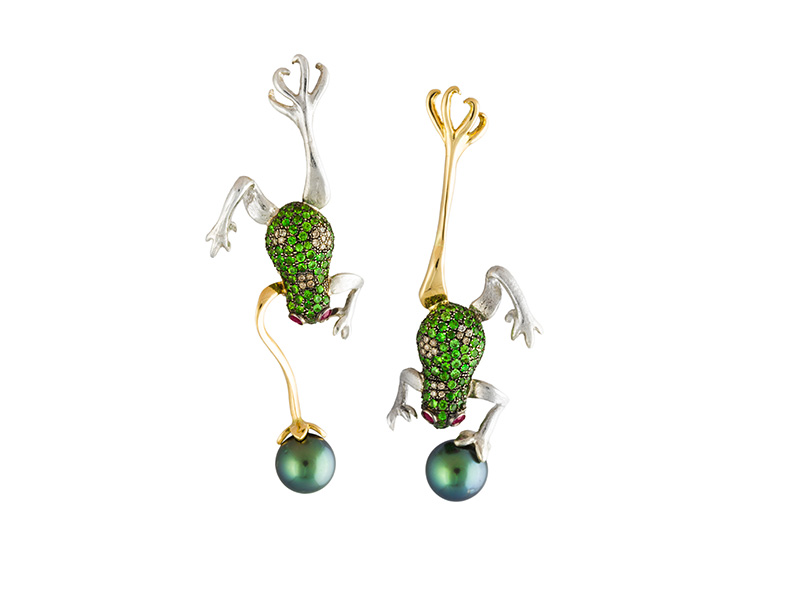 Gaelle Khouri From The Garden of Earthly Delights collection Frogs earrings in 18ct yellow gold set with brown diamonds and Tahiti pearls