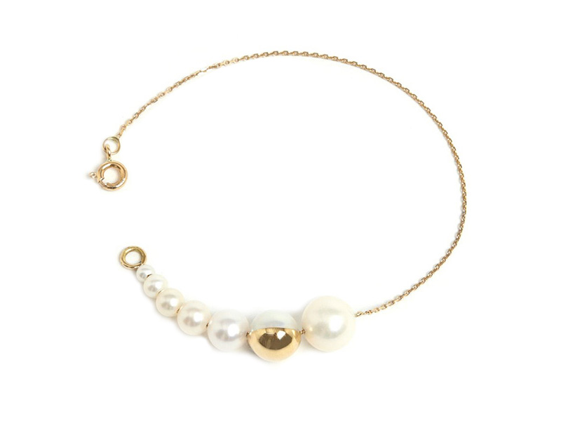 Melanie Georgacopoulos M/G Tasaki collaboration - Shell bracelet mounted on 18k yellow gold with freshwater pearls