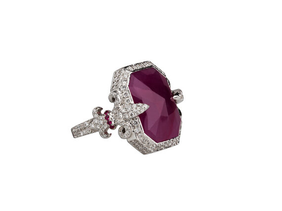 Laura Sayan Chouchane ring mounted on 18k white gold with a red ruby