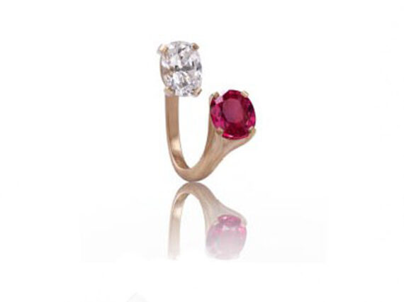 Alexandre Reza Lyhane ring mounted on pink gold with diamond and ruby