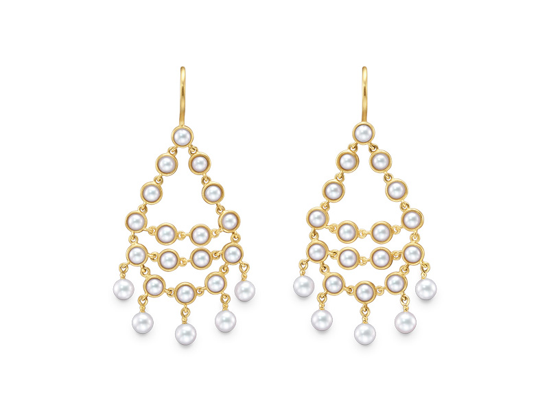 Tasaki by MHT Dancing Pearls Earrings mounted on yellow gold with akoya pearls